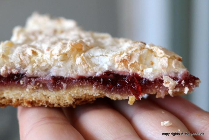 raspberry coconut squares from 5starcookies - Enjoy!