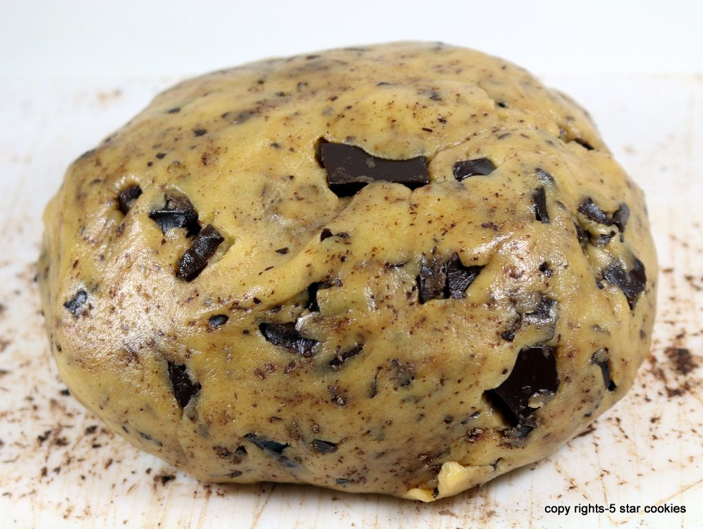 5star chocolate chip cookies from the best food blog 5starcookies-add chopped chocolate and mix
