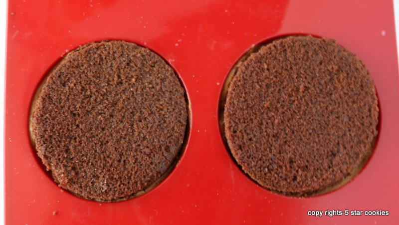 Nutella Chocolate Bombes from the best food blog 5starcookies-press cake circle into each mold