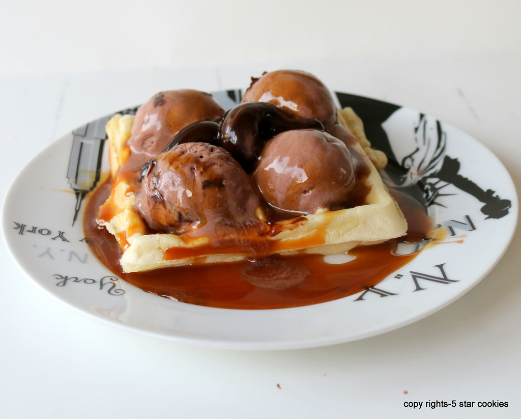 Homemade Ice Cream waffles from the best food blog 5starcookies