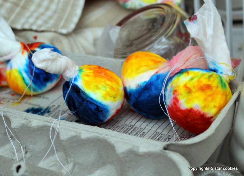 Easter eggs from the best food blog 5starcookies-leave the eggs for 6 hours or overnight to dry
