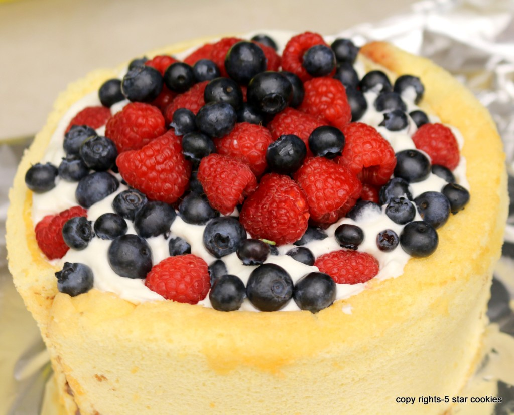 chinese wall cake from best food blog 5starcookies -how to make the most beautiful wall cake
