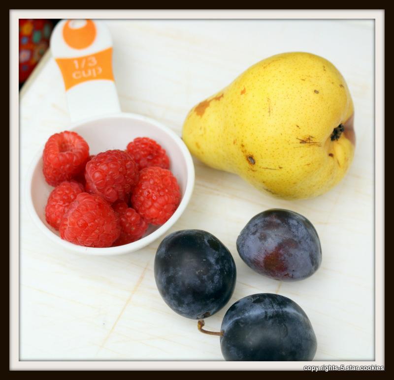 Italian plum healthy drink form the best food blog 5starcookies-ingredients