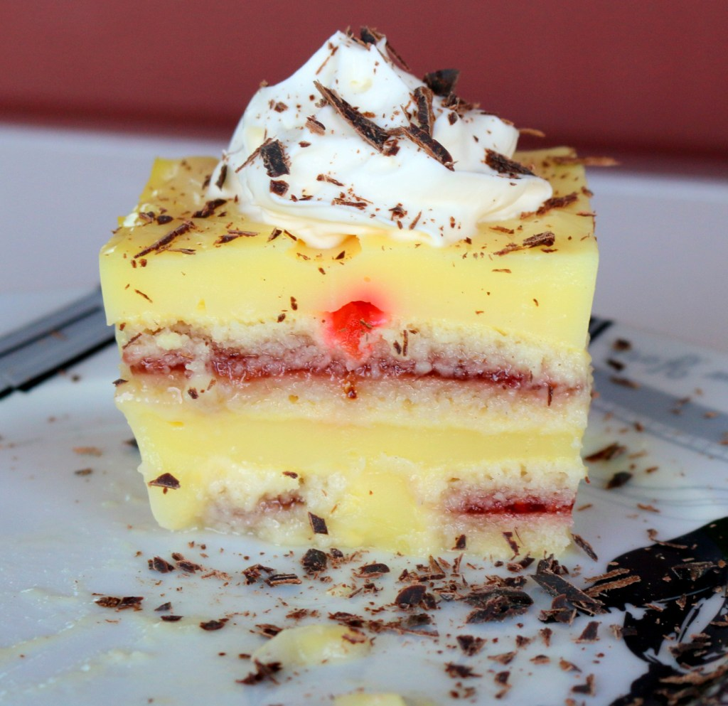 imperial vanilla cake from the best food blog 5starcookies-easy recipe to make