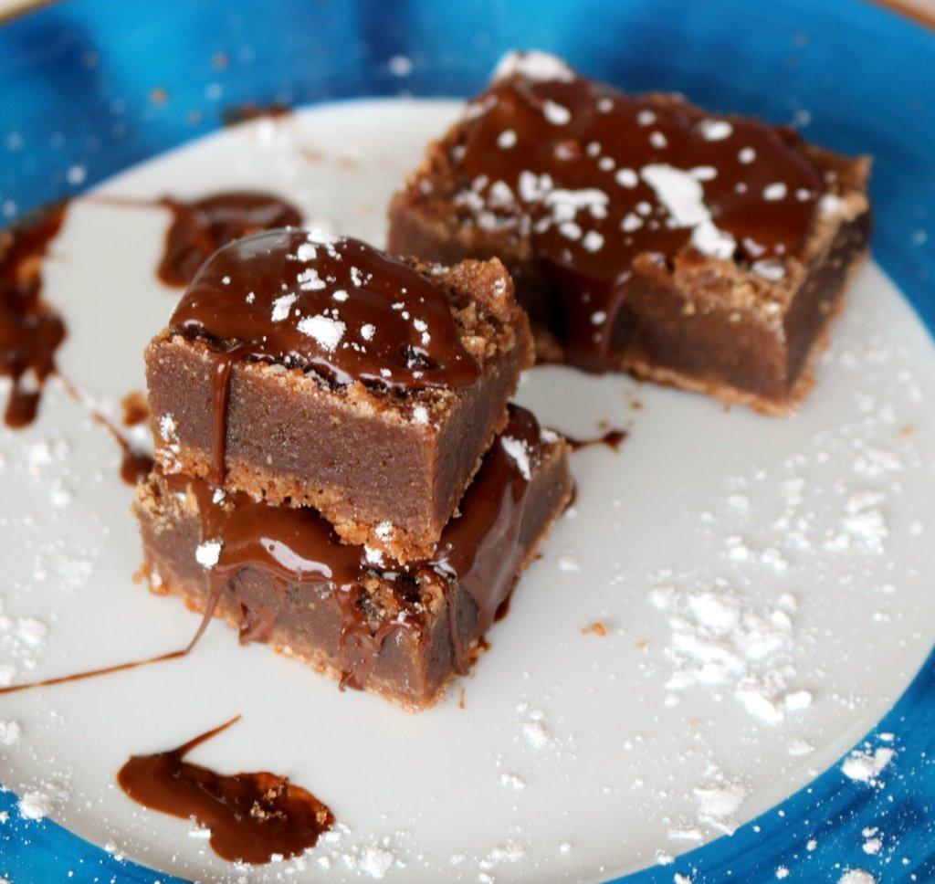 simple ingredients to make the best fudgy brownies