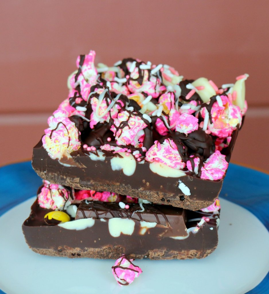 Enjoy pink life and 5 star popcorn chocolate from the best food blog 5starcookies