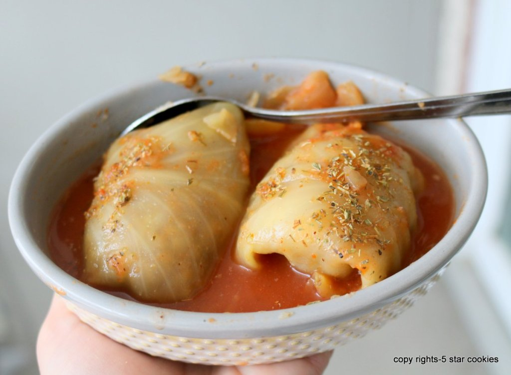 Cabbage Rolls 5 Day Meal from food blog 5starcookies - if you are working 9 to 5