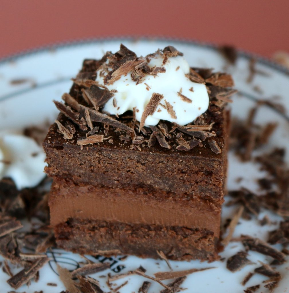 Hungarian chocolate cake