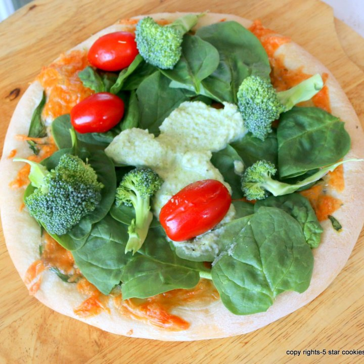Green Healthy Spinach Pizza