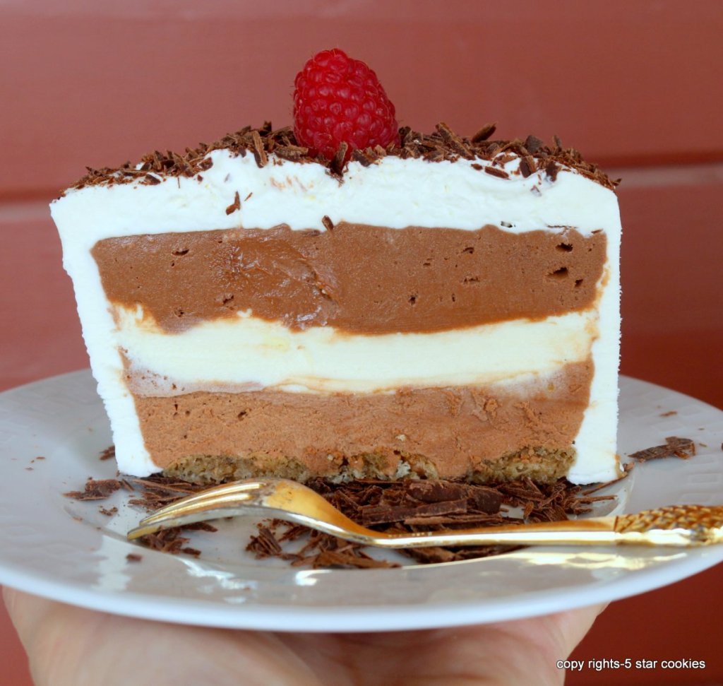 summer chocolate dessert