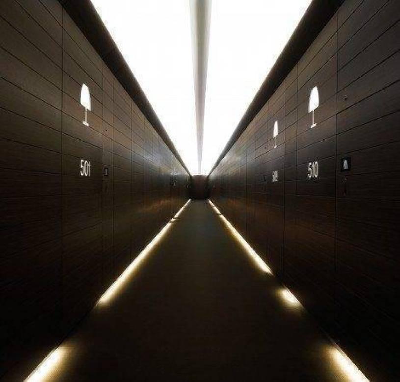 Armani Dubai Corridor to our Suite