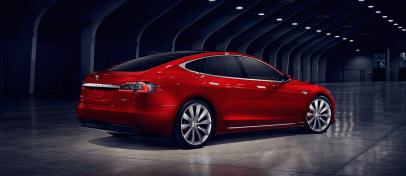 Tesla-Model-S-coches-electricos-del-salon-del-automovil-de-Madrid-2