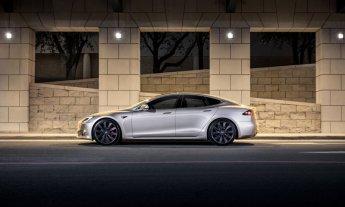 Tesla-Model-S-coches-electricos-del-salon-del-automovil-de-Madrid-21