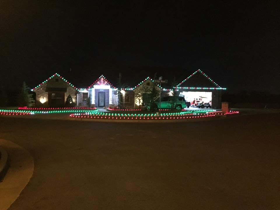 Christmas Lights 15095678 1457733740903758 6256671153386478986 n