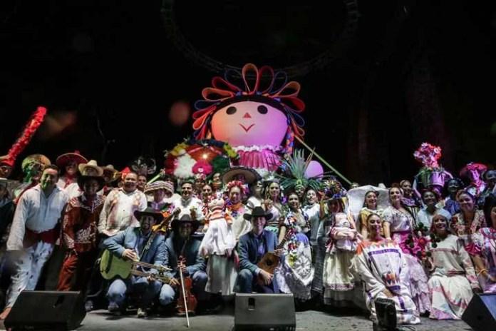 Clausuran Festival de las Culturas Populares y Pueblos Indígenas; #Lele se llevó la noche