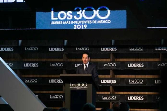 """FDS destacó crecimiento económico y estado de derecho de Querétaro en reunión de """"Los 300 Líderes"""""""