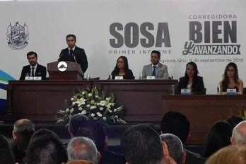 """""""Corregidora va bien y avanzando"""": Roberto Sosa al entregar su Primer Informe"""
