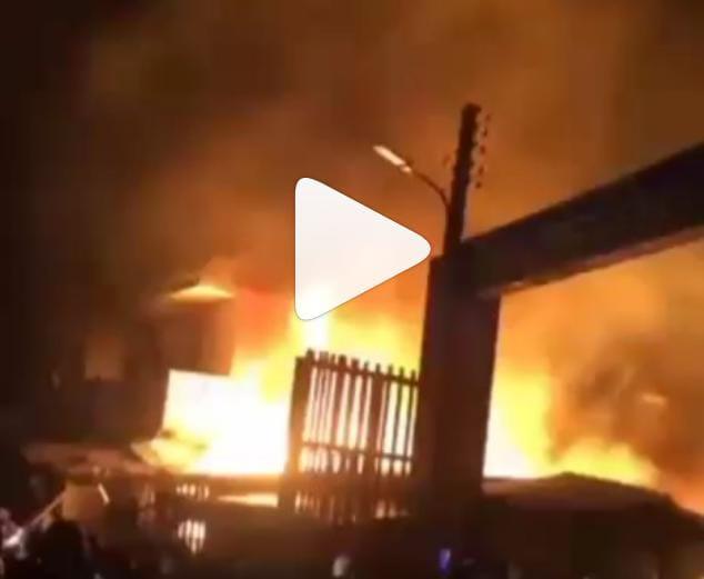 Fire Raze Popular Lagos Market