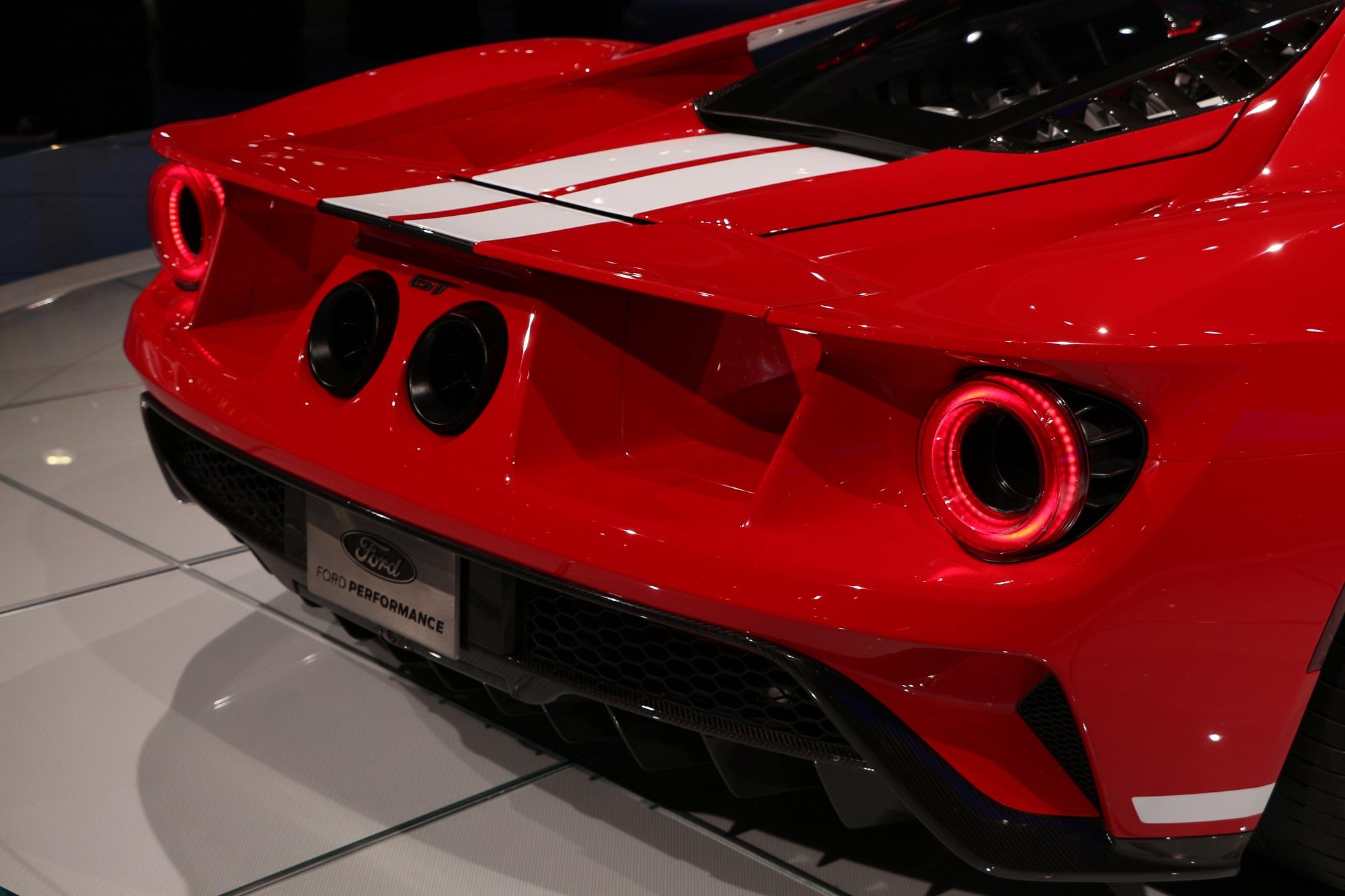 6SpeedOnline.com LA Auto Show L.A. Los Angeles Ford GT photoshoot details