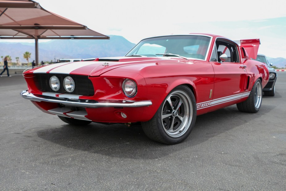 6SpeedOnline.com 1967 Ford Shelby Mustang GT500 CR Classic Recreations The Thermal Club Track Drive Review
