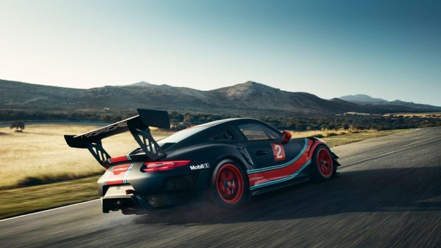 Porsche 911 GT2 RS Clubsport Road-legal Track Car