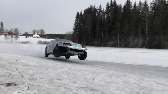 Mk 4 Toyota Supra Ice Drifting
