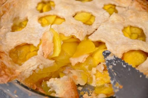 Homemade Peach Pie - 719woman.com