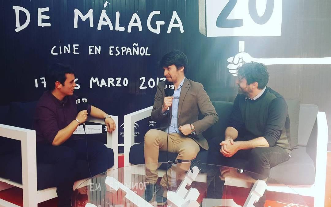 El director Victor Garcia León y el actor Santiago Alveri hablan peli SELFIE , sección oficial #20Festivalmalaga #Fundidoanegro