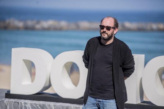 «Los aitas» va a ser la nueva película de Borja Cobega, con producción de Bteam Pictures e Inicia Films