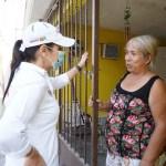 Claudia Hernández sostiene encuentro con familias de obreros maquiladores