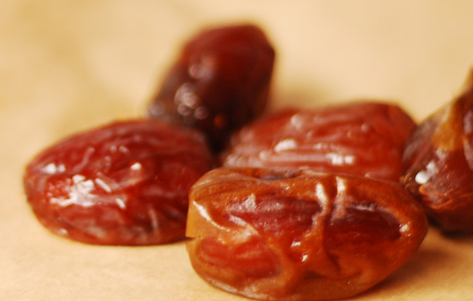 Fresh Medjool Dates from the 7HOTDATES Organically Grown by the Bautista Family