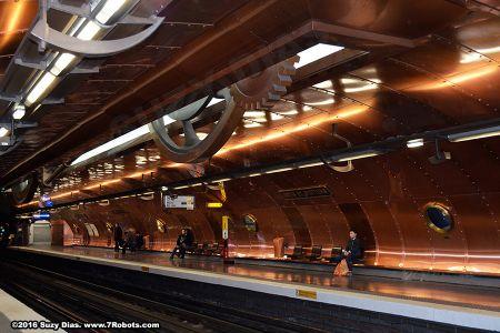 Suzy-dias-arts-metiers-metro3