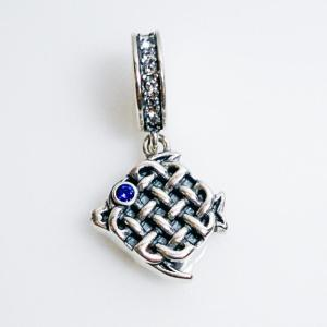 Celtic Fish Charm - 7SEASJewelry