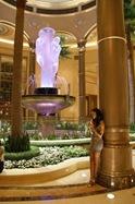 Las_Vegas_Casino_Kasyno_Girl_2_Robert_Stuczynski_Noise_blog