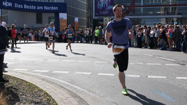 Der schnellste Lauf meines Lebens – Persönliche Bestzeit beim HAJ Hannover Marathon