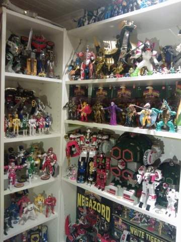 Power Rangers Shelfporn