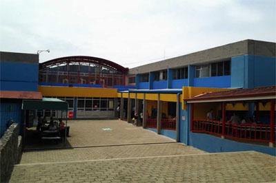 Hospital Escalante Pradilla ha recibido 196 pacientes COVID-19 de otros hospitales de la región