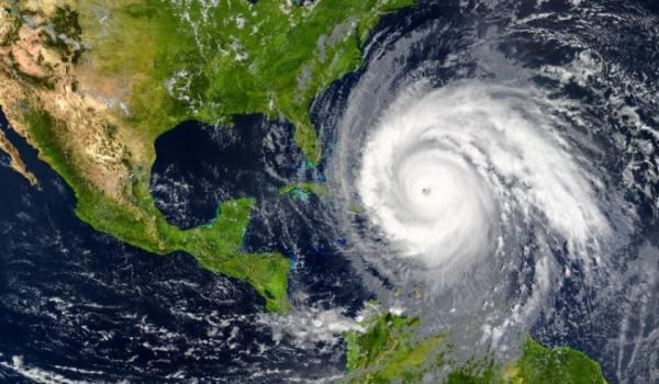 Inicia temporada de huracanes en media pandemia del COVID-19