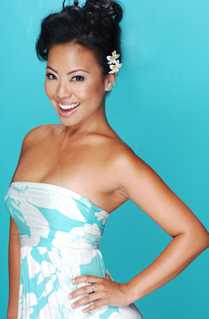 8Questions: Gina Hiraizumi, Actress/Singer