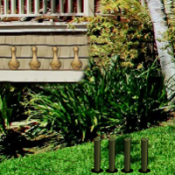 8b Farmhouse Backyard Escape