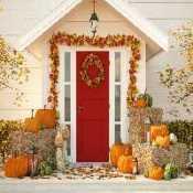 FUN Scary Yard Halloween House Escape