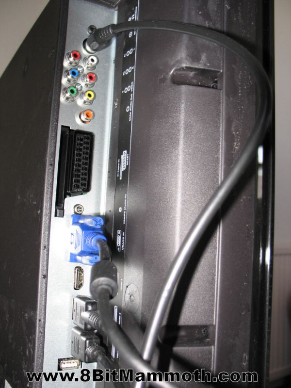 Technika 39 Inch HD TV LCD39-C273 Connections