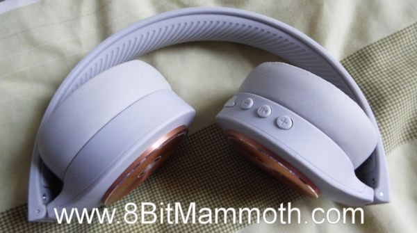 A photo of foldable Bluetooth headphones