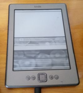 Amazon Kindle 4 eReader Won't Turn On & E-Ink Display / Screen Not Working Properly (Solved)