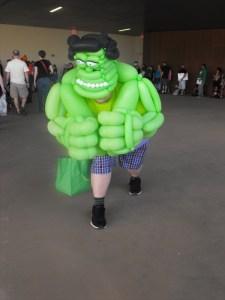 Dallas Comic Con- Inflatable Hulk (600x800)