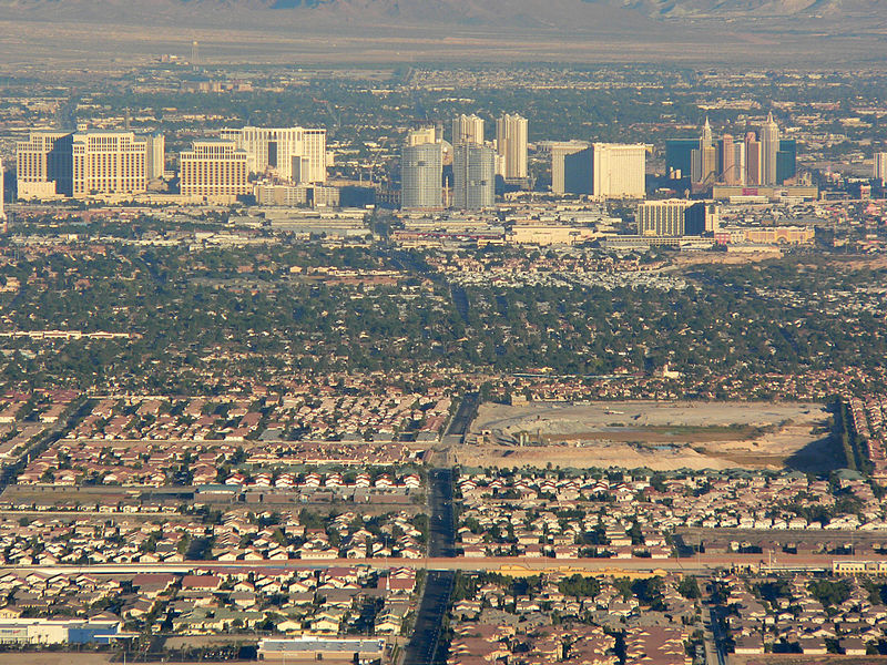 Las_Vegas_Valley_aerial_shot_1521175550228.jpg