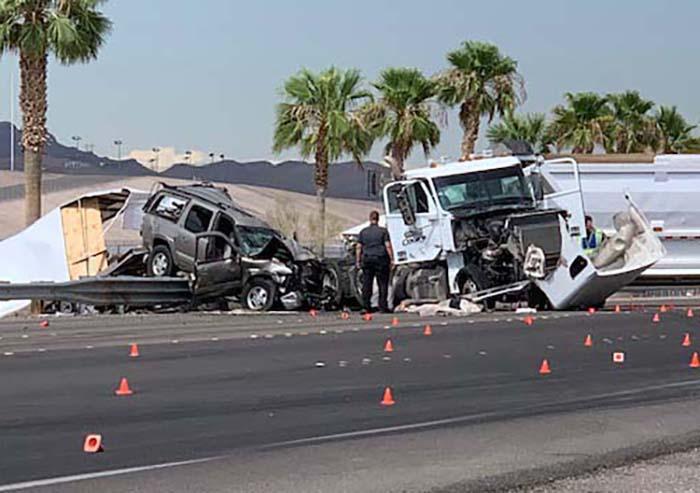 Las Vegas Car Accident >> 1 Dead In Crash Near Speedway Nhp Shuts Down Las Vegas