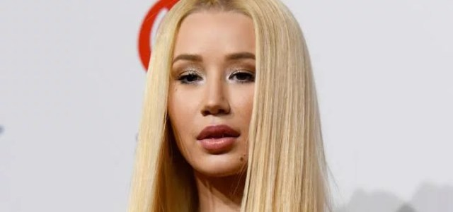 Iggy Azalea Nudes Leaks Online Forcing Her To Quite Social Media