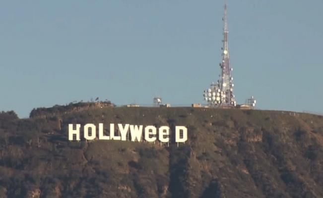 Hollywood CA An Unidentified Person Changed Last Night The Letters Of White Sign At Los Angeles So That It Shows Hollyweed