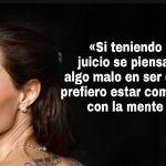 8sorboscitas-de-Angelina-Jolie- diferente